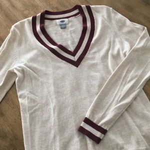 Women's Old Navy V-Neck Sweater